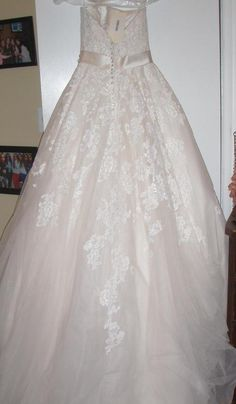 Allure Bridals P969: buy this dress for a fraction of the salon price on PreOwnedWeddingDresses.com