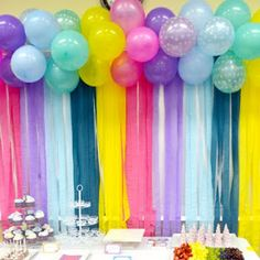 Frozen Birthday with Snow: Free Printable Candy Bar Labels.   Oh My Fiesta! in english