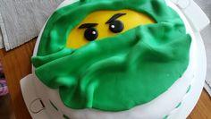 Jetzt habe ich auch einmal auf Wunsch eine Ninjago Torte gemacht
