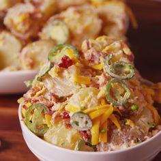 Jalapeño Popper Potato Salad A spicy take on a summer classic. Salad Recipes Video, Pasta Recipes, Cooking Recipes, Healthy Recipes, Cooking Tips, Potato Salad Recipe Easy, Potato Recipes, Loaded Potato Salad, Tasty Videos