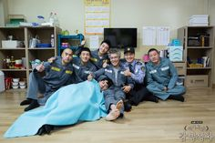 [Spoiler] 'Prison Playbook' Ends on a High Prison Life, Park Bo Young, Stuff And Thangs, Drama Korea, Drama Series, Hopeless Romantic, Korean Actors, Korean Dramas, Movies And Tv Shows