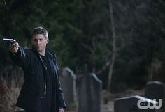 """""""All Hell Breaks Loose, Part Two"""" --Jensen Ackles  stars as  Dean in SUPERNATURAL on The CW. Photo Michael Courtney/The CW  � 2007 The CW Network, LLC.  All Rights Reserved pn"""