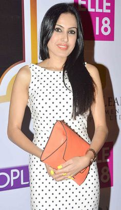 Kamya Punjabi at Zee Gold Awards 2014