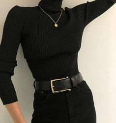 image February 14 2020 at fashion-inspo Look Fashion, Korean Fashion, Winter Fashion, Fashion Women, Fashion Black, Fashion Basics, Ulzzang Fashion, Gothic Fashion, 90s Fashion