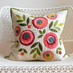 Laundry Basket Quilts, I Shop, Applique, Relax, Throw Pillows, Texture, My Favorite Things, Crafts, Instagram