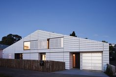 House for Five Architects: RTA Studio Location: Grey Lynn, Auckland, New Zealand Photograph: Patrick Reynolds