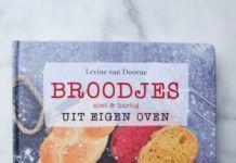Boekentip: Broodjes uit eigen oven, zoet & hartig – Levine van Doorne Dumpling, Quiches, Desserts, Tailgate Desserts, Deserts, Postres, Dessert, Pies, Tart