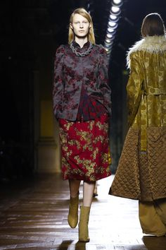 There was a collective cry of joy and delight from the French press at the end of Dries Van Noten's fall/winter 2015 show. Up until his presentation the Paris Fashion Week had been pretty uneve...