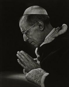 Pope Pius XII - The Greatest Portraits Ever Taken By Yousuf Karsh - 121Clicks.com