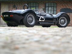 Omgggg what a beauty!  Maserati Tipo 61 Birdcage