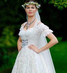 Hochzeitsdirndl - Hochzeitsmode klassisch und traditionell