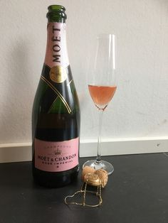 It's been a loooong month posting all through the alphabet . The last day of the month is time! Photo Challenges, Moet Chandon, Champagne, Bottle, Drinks, Rose, Day, Color, Drinking