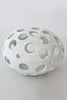 Diatom porcelain object by Maria Moyer