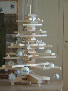 Sapin en bois - planches en 3D - vu chez lasourcedangele.canalblog.com