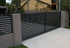 5 Robust Tips: Garden Fence Decorating Ideas Fencing Ideas On A Budget.Wooden Fence On Metal Posts Modern Fence And Gate Design Philippines. Garden Fence Panels, Lattice Fence, Front Yard Fence, Fenced In Yard, Fence Plants, Dog Fence, Rail Fence, Front Gates, Brick Fence