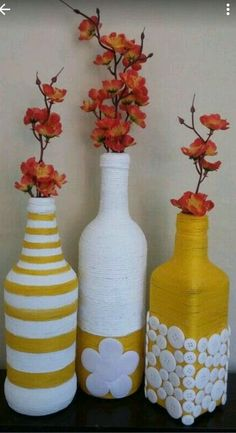 All of these wine bottle crafts provide a tons of techniques to reuse and re-invent this daily merchandise. Wine Bottle Art, Plastic Bottle Crafts, Painted Wine Bottles, Diy Bottle, Wine Bottle Crafts, Glass Bottles, Diy Crafts Hacks, Jar Crafts, Kids Crafts