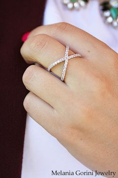 925 Sterling Silver Criss Cross Ring. X ring by MelaniaGoriniJewelry