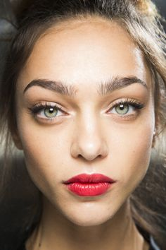 Zhenya Katava - Beauty at Dolce & Gabbana Spring 2016, Milan Fashion Week.