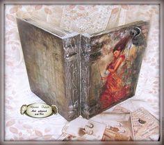 "Шкатулка -книга фолиант ""Мелодия"" - имитация старой кожи  Box -book Foliant ""Melody"" - an imitation of the old skin"