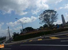 Qué tanto conoces Bucaramanga y su área metropolitana ? Dinos en qué lugar se tomó esta foto. Gracias @andresreina por compartirla #conoceBUcaramanga
