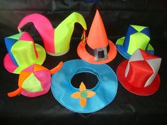 e4b6294732eb 133 mejores imágenes de sombreros de goma espuma en 2018 | Costumes ...