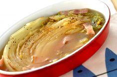 こんがり焼いた白菜をナイフで切りながらスープと一緒にお召し上がり下さい。焼き白菜のスープ/森岡 恵のレシピ。[和食/汁もの・椀もの]2017.01.09公開のレシピです。