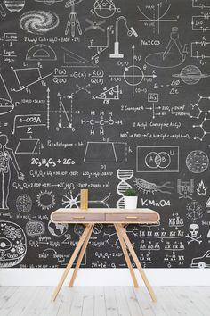 Scientific blackboard effect wall wallpaper- Wissenschaftliche Schultafel Effekt Wandtapete Are you biting a science boffin? This eye-catching wallpaper design takes the classic blackboard element out of the school and will transform your home.