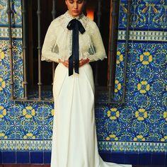 Sueños antes del gran momento. Siéntete arropada por la elegancia de un vestido WHITE GATACHE, el primer atelier online de España y Europa. #wedding #bride #casamento #marriage #boda #novia #boda #fiesta #whitegatache #matrimonio #esposa #hochzeit #pendiente #atelier #свадьба #weddingphotography #fashion #style #elegant #elegancia #handmade #altacostura #bruden #新娘 #הכלה