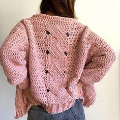 CURSOS | SANTA PAZIENZIA Col Crochet, Crochet Jumper, Crochet Cable, Crochet Jacket, Crochet Diagram, Crochet Cardigan, Crochet Stitches, Crochet Hats, Unique Crochet