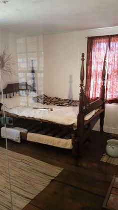 Mark Twain Home Bedroom Hannibal History, Itinerary Planner, Mark Twain, Home Bedroom, Weekend Getaways, Missouri, Stuff To Do, Furniture, Home Decor