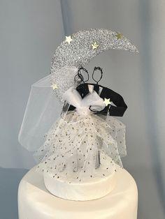 Beautiful Wedding Cakes, Elegant Wedding, Wedding Flowers, Wedding Day, Wedding Dresses, Midnight Wedding, Silver Weddings, Silver Cake, Star Cakes
