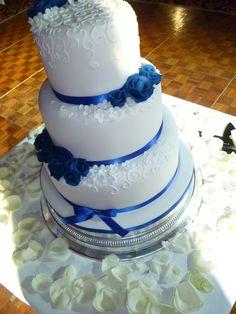 Blue Wedding Cakes | ... wedding cake at sofitel hotel london purple asian wedding cakes in
