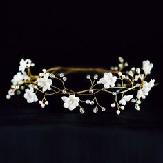 Bridal flower crown White flower crown bridal hair by ArsiArt, $63.00