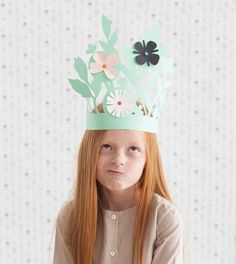 Easter bonnet ideas sure to wow at the Easter parade. From easy Easter hats to fun Easter crowns, here are 17 Easter bonnets the kids will love. Kids Crafts, Sand Crafts, Summer Crafts, Easter Crafts, Easter Hat Parade, Origami, Papier Diy, Paper Crowns, Crazy Hats