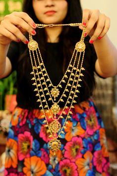 lovegold, world gold council, amrapali, bridal jewellery, indian wedding Gold Jewellery Design, Gold Jewelry, Jewelery, Gold Necklace, Layered Necklace, Trendy Jewelry, Antique Jewelry, Indian Wedding Jewelry, Indian Jewelry