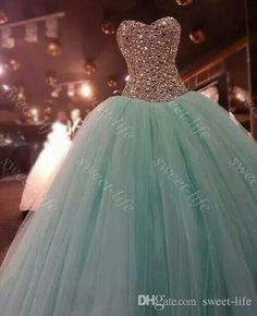 Real Pictures 2015 Ball Gown Quinceanera Dresses Mint Green Crystal Beading Tulle Sweep Train Lace Up Custom Sweet 16 Dress Prom Dress Gowns Online with $131.04/Piece on Sweet-life's Store | DHgate.com