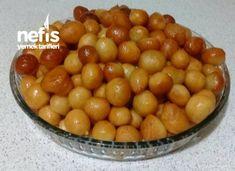 Lokma Tatlısı (çankırı Yöresine Ait). Delicious Donuts, Donut Recipes, Turkish Recipes, Bon Appetit, Food And Drink, Sweets, Vegetables, Cooking, Desserts