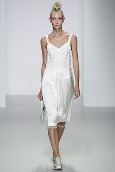 Sfilata Simone Rocha #London - #Collezioni Primavera Estate 2014 - #Vogue #lfw #ss2014 #SimoneRocha