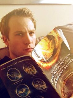 Divergent's Ben Lamb (Edward) Reading The Divergent Guide Book (Included in box set) - DIVERGENT Fansite