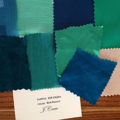 emerald-and-teal-dress-swatches