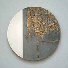 Monoscope Series by Rebecca Gouldson Metal Art www. Modern Art, Contemporary Art, Gold Leaf Art, Circle Art, Sculpture Art, Metal Sculptures, Abstract Sculpture, Bronze Sculpture, Resin Art