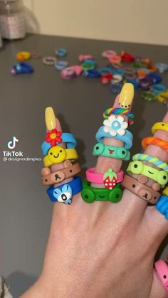 Fimo Ring, Polymer Clay Ring, Polymer Clay Crafts, Fimo Disney, Diy Clay Rings, Clay Art Projects, Cute Clay, Fun Diy Crafts, Dry Clay