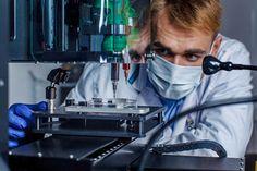 Η ψηφιακή τεχνολογία φέρνει πιο κοντά την επιστήμη στη δυνατότητα αναπαραγωγής τεχνητών μοσχευμάτων με τη χρήση τρισδιάστατης εκτύπωσης. Πρόκειται για την «3D» αναπαραγωγή οργάνων με βιοεκτύπωση.