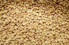 Fenugreek (Methi ) Seeds are known for many beauty benefits.We tell you how Fenugreek treats hair fall, dandruff, premature graying besides making hair shiny and radiant. Ayurveda, Fenugreek Benefits, Increase Milk Supply, Lower Blood Sugar, Cure Diabetes, Diabetes Treatment, Natural Home Remedies, Medicinal Plants, Vinegar