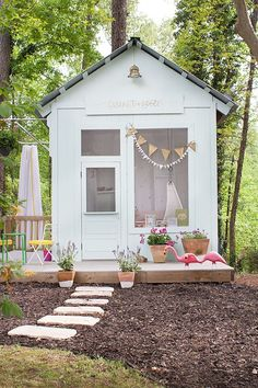 30 Toddler Garden Playhouse Ideas Your Child will Love Backyard Playhouse, Build A Playhouse, Backyard Patio, Backyard Landscaping, Playhouse Ideas, Landscaping Ideas, Outdoor Playhouses, Girls Playhouse, Childrens Playhouse
