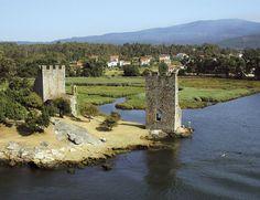 Lugares fascinantes para olvidarse de todo. Spain Road Trip, Chateau Medieval, Wonderful Places, Dubai, Golf Courses, Wildlife, Places To Visit, Castle, River