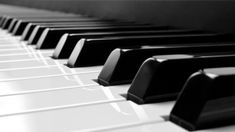 Virtual Piano has reviewed and selected 18 of the best online piano courses for all levels of experience and skill. Whether you are a complete beginner who's never played piano before, an intermediate with some experience or an advanced piano player, the below courses from Udemy, approved by Virtual Piano, can help you improve at your own pace. Note: You may need a keyboard for some of these courses. Published prices may change from time to time. Here are Virtual Piano's top 18 recomm...