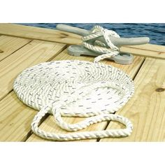 Seachoice Premium 3-Strand Twisted Nylon Dock Line, White with Blue Tracer