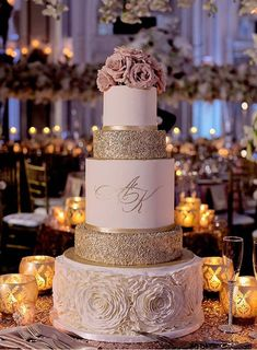 Opulent Blush Wedding at The Georgian Terrace in Atlanta, GA - tolle Torten und Kuchen - Wedding Cakes Beautiful Wedding Cakes, Perfect Wedding, Dream Wedding, Wedding Day, Cake Wedding, Wedding Cakes With Gold, Best Wedding Cakes, Wedding Reception, Wedding Cakes Pictures