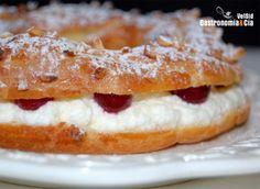 Corona de nata Profiteroles, Eclairs, Pasta Choux, Flan, Sweet Recipes, French Toast, Relleno, Pie, Breakfast